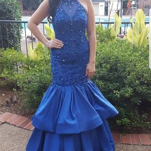 Beautiful Sherri Hill mermaid size 4